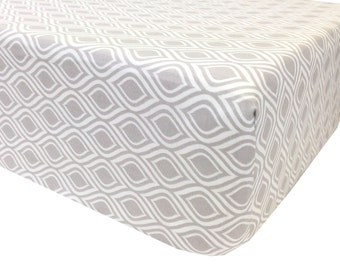 Curves Gray Crib Sheet