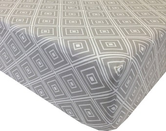 Geometric Gray Crib Sheet