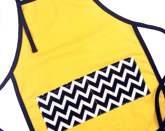 Charlie Brown Kid's Apron