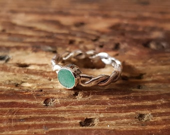 Ring sterling silver with round emerald hand made
