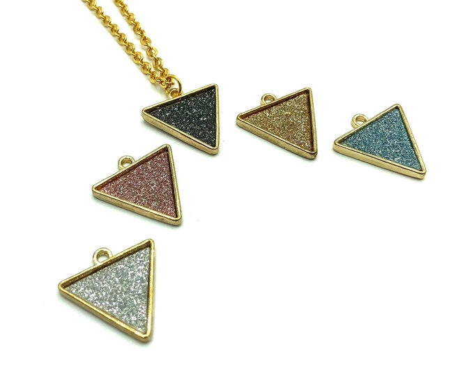 MOD: glitter triangle necklace is multiple colors