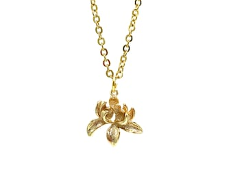 LOTUS: 3D delicate lotus necklace