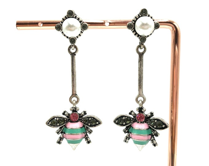 BUZZ: antique style silver bee drop earrings