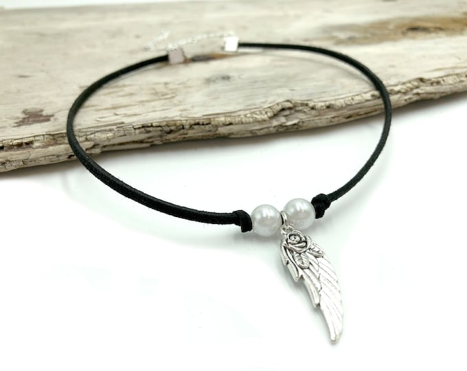 ANGELIC: pearl and angel wing faux suede choker