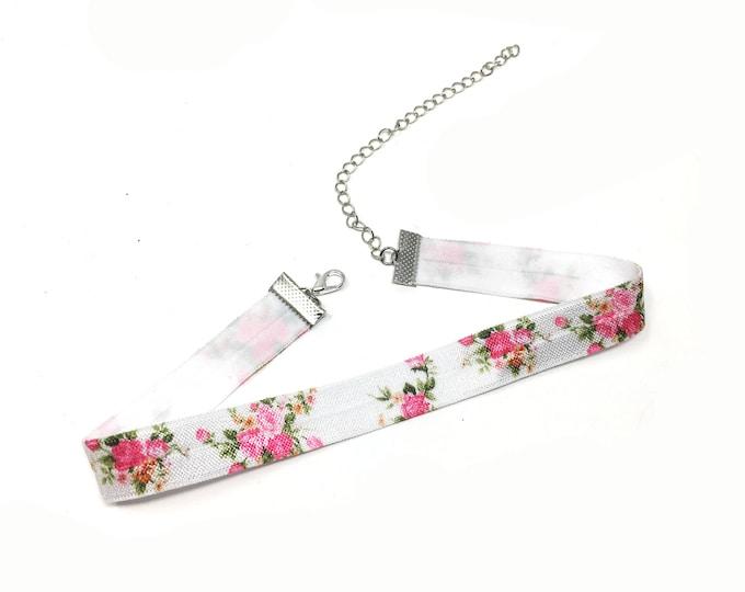 RYLEE: elastic pink rose choker