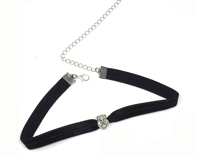 ROAR: lion black elastic choker