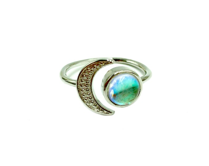 ECLIPSE: moon ring