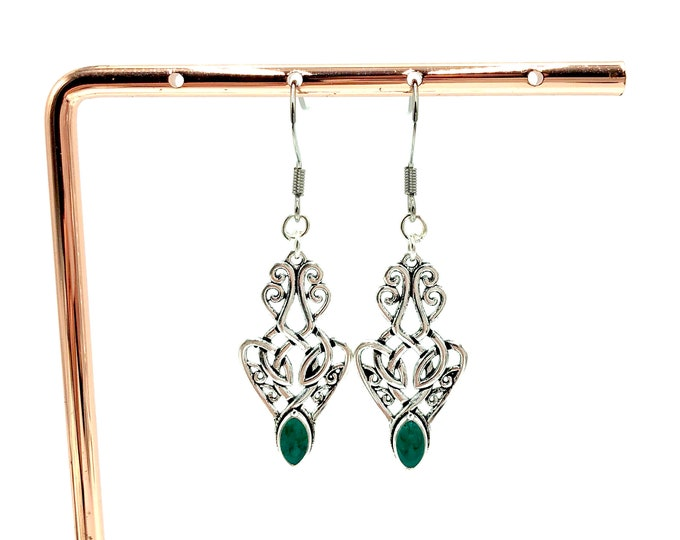 SAOIRSE: celtic knot drop earrings