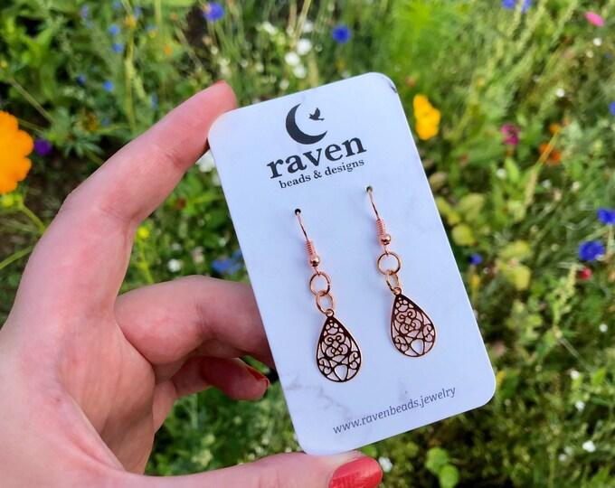 JULIET: dainty lightweight rose gold teardrop earrings