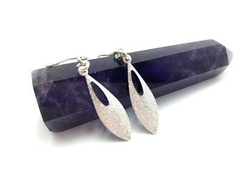 JORDAN: delicate silver teardrop earrings