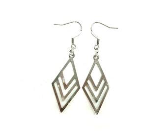 COLLEEN: lightweight stainless steel modern earrings