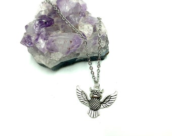 OWL: adorable owl necklace