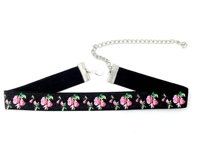 SCARLETT: pink rose elastic choker