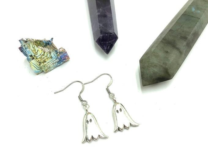 CASPER: adorable ghost earrings