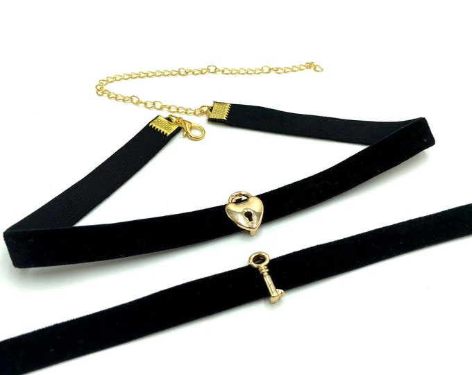 LOCK AND KEY: lock and key two piece choker set