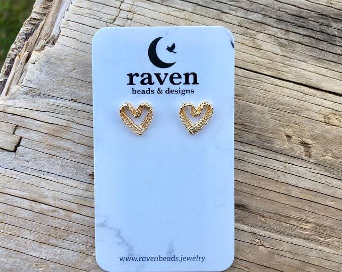 LACEY: lace heart stud earrings