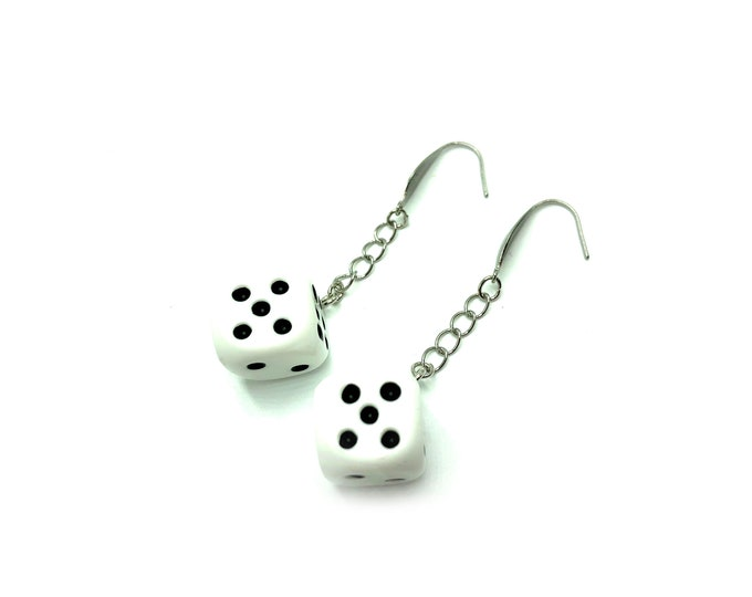 DICE: realistic dangly dice earrings