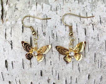 MAGNOLIA: small 3D butterfly earrings