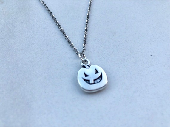 JACK: spooky pumpkin necklace