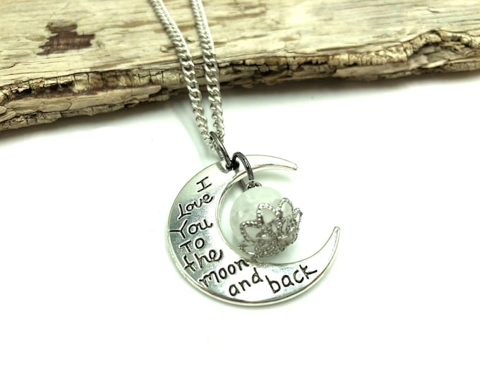 TO THE MOON: silver and crackle quartz necklace