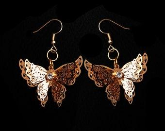 MAGNOLIA: detailed 3D butterfly earrings