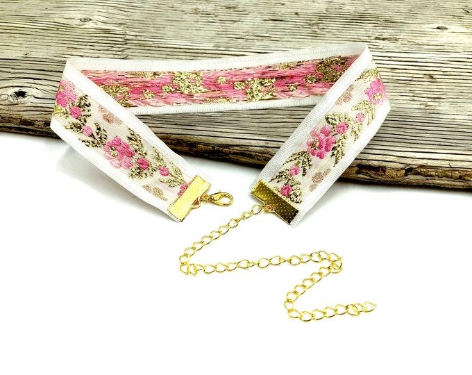 ANCHITA: pink and gold sparkle jacquard choker