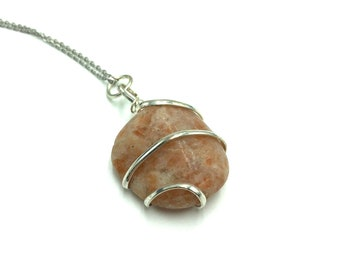 SUNSTONE: wire wrapped tumbled sunstone necklace