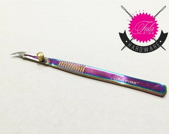 Tula Pink Collection - 5.5 Inch Hardware Surgical Seam Ripper