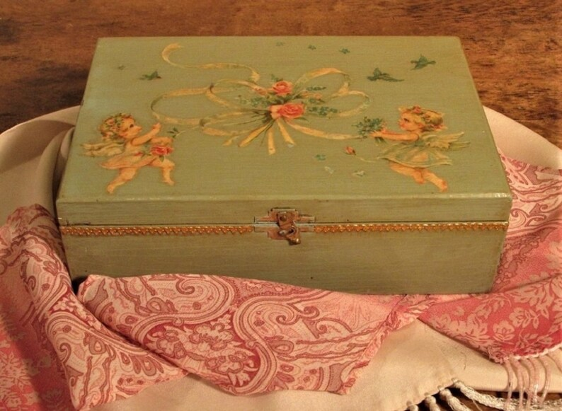 castaways Cigars Vintage Wooden Box Antiques