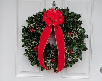 Vintage-style Fresh Holly Wreaths