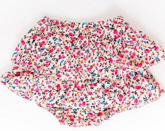 Baby Girl Bloomers / Girls Flower Skirt / Baby Girl Bloomer Skirt / Diaper Cover / Nappy Cover / Ruffle Skirt / Girl Flower Bloomers