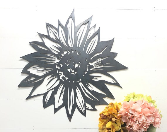 Rustic Industrial Sunflower Metal Wall Decor