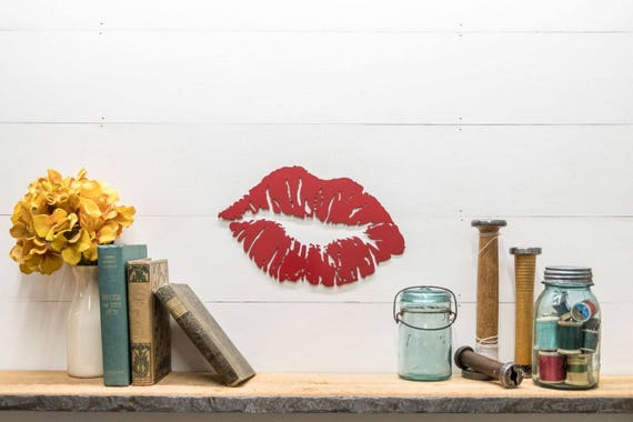 Red Metal Kiss Lips Wall Decor