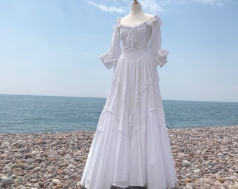 9a0063ee1d3 Victorian inspired Gipsy dress - 1970 s Vintage Laura Ashley dress - White  cotton dress - wedding dress - Size 10-12 (US 8-10