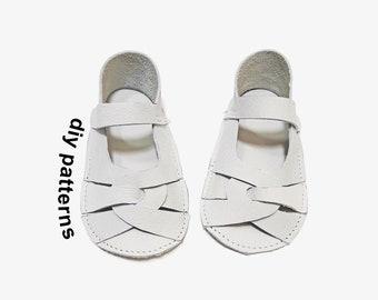 Baby shoe pattern - baby sandal pattern - DIY baby shoes pattern - baby wedding shoes - baby shoe sewing pattern - baby shoe template