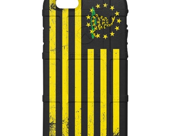 CUSTOM PRINTED Limited Edition - Authentic Made in U.S.A. Magpul Industries Field Case, Don't Tread on Me / 13 Stars US Flag Yellow (usdont)