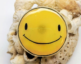 Smiley Face Shrink Pin