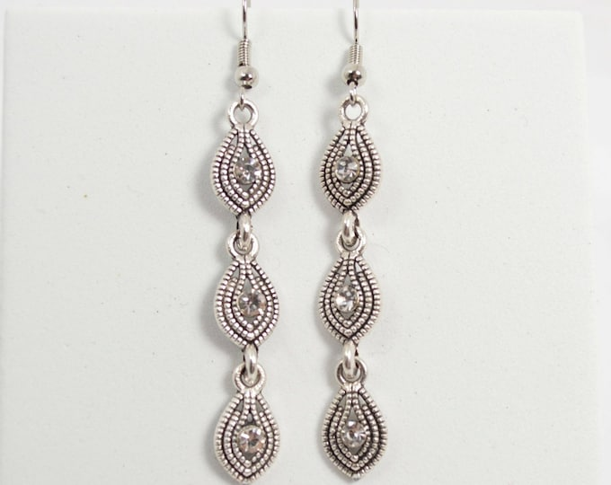 Delicate and Modern Drop Earrings Black and Silver by Lepa Jewelry (K533)