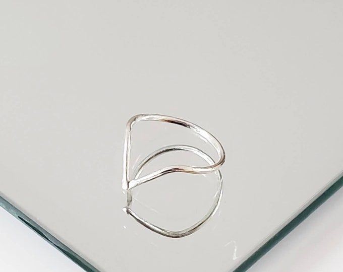 Simple Silver Ring, V- Shaped Chevron Ring, Minimalist Gift for Her