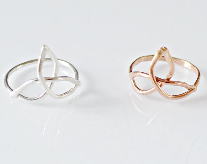 Trinity Knot Ring - Triangles Infinity Ring