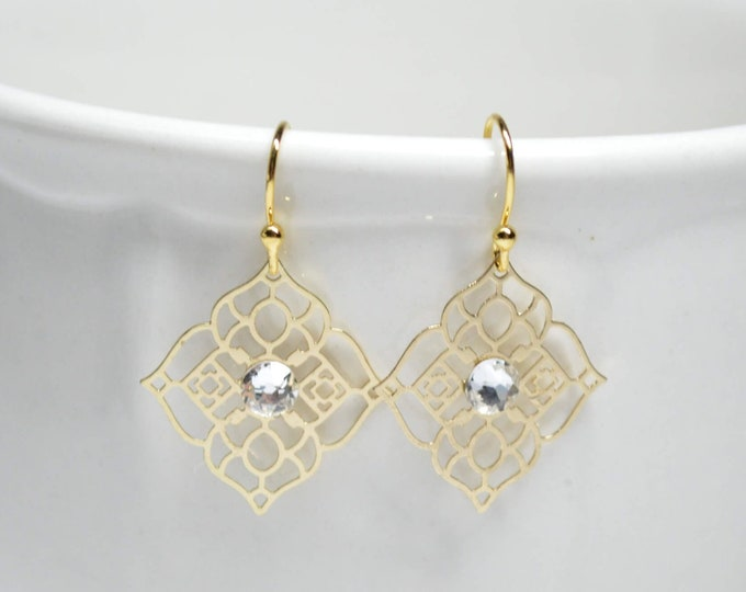 Elegant Gold Drop Earrings by Lepa Jewelry (K562)
