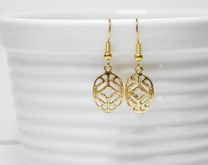 Chic Gold Filigree Drop Earrings by Lepa Jewelry (K580)