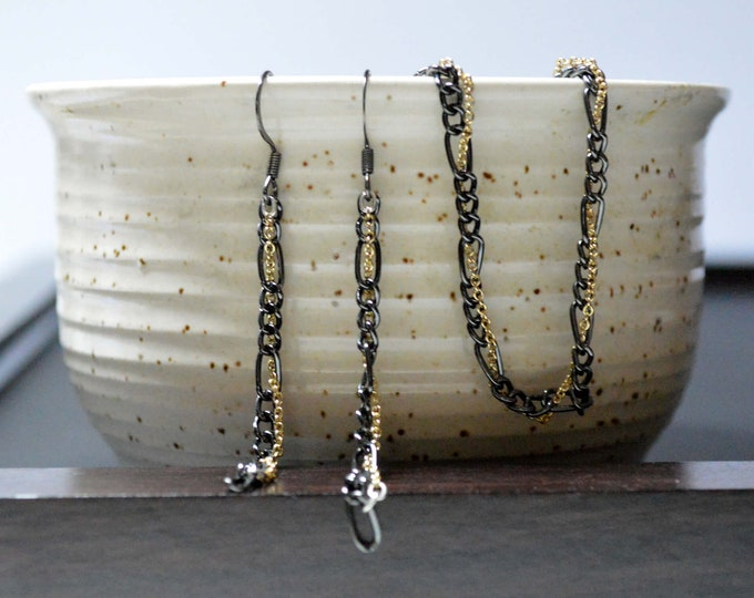 Delicate Black and Gold Chain Bracelet and Earring Set by Lepa Jewelry (K404)