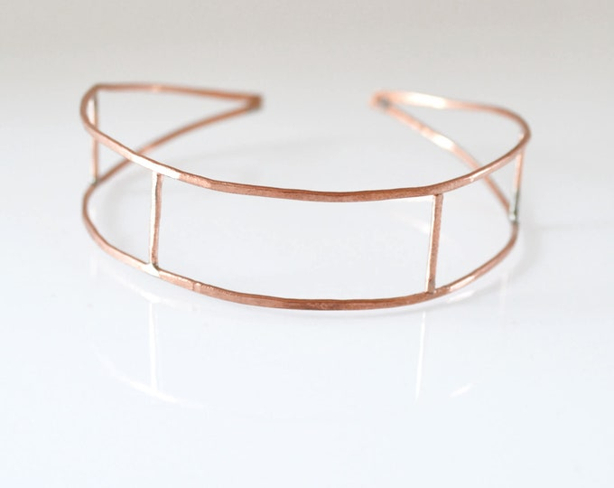 On Trend Geometric Wire Bracelet - Rectangle Frame Cuff Bracelet