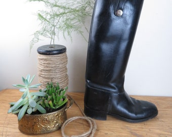 Vintage Gucci Women's Equestrian Style Black Leather Tall Boots Size 36 EUR