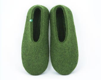 f4c0bfae9 Mens slippers felted wool, beautiful green slippers for home or office,  men's flats soft slipper soles, comfortable, best gift ideas for men.  Wooppers