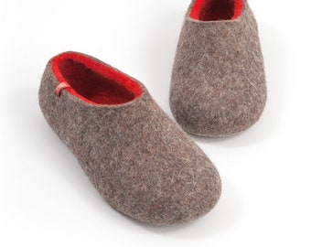 9d12ddd19 House clogs, Felted Wool Slippers for women Natural Grey with red by  Wooppers Woolen Slippers