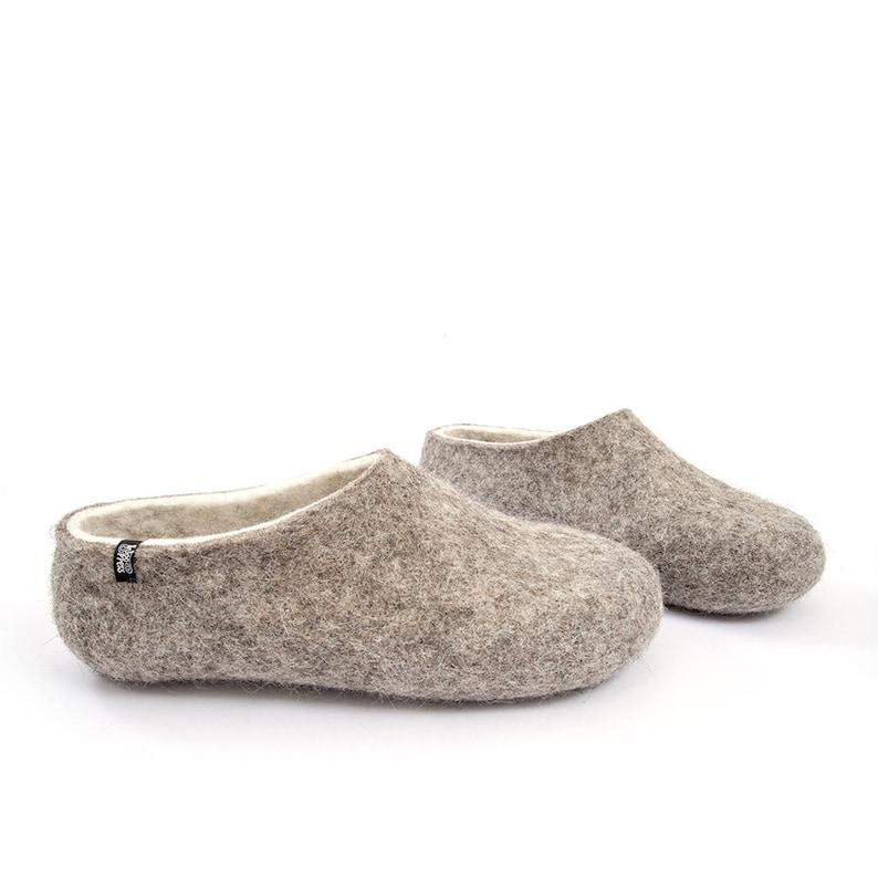 on sale 37607 f5fcb Damen Größen Bio Wolle Hausschuhe versandfertig, verstopft gefilzte in  natürlichen Grau Wolle & weiße merino