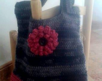 Handmade crochet handbag with merino wool