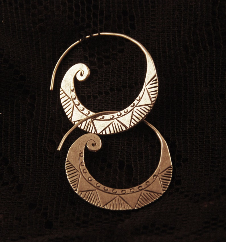 pure sterling silver Tribal Silver Ear studs tribal silver jewelry hill tribe SE56 ethnic spiral earrings afghan style boho earrings